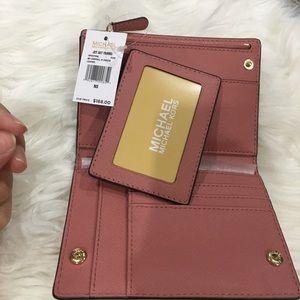 New Michael Kors beautiful rose wallet